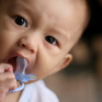 cuidar dos dentes de um bebé