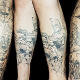tatoo na perna